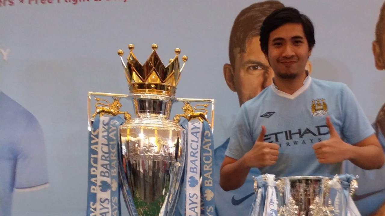ALHARIZ BIN ISMAIL (Malaysia): Alhariz is heading to ASTRO Bukit Jalil for a big live showing of the derby with City and United fans, along with his girlfriend and the Manchester City Malaysia Supporters Club. Prediction: United 0-1 City with Kevin De Bruyne on the scoresheet.