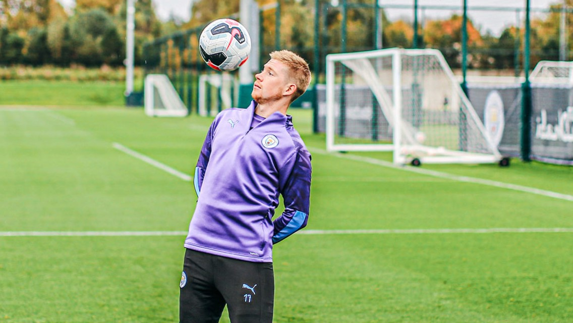 Picture special: KDB and Stones back in training!