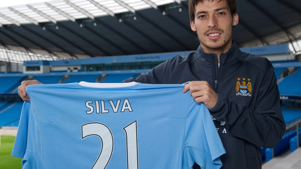 NEW BOY: Silva signs for City in 2010