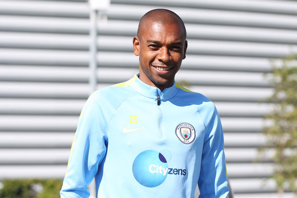 I SEE YOU: Fernandinho flashes a smile our way.