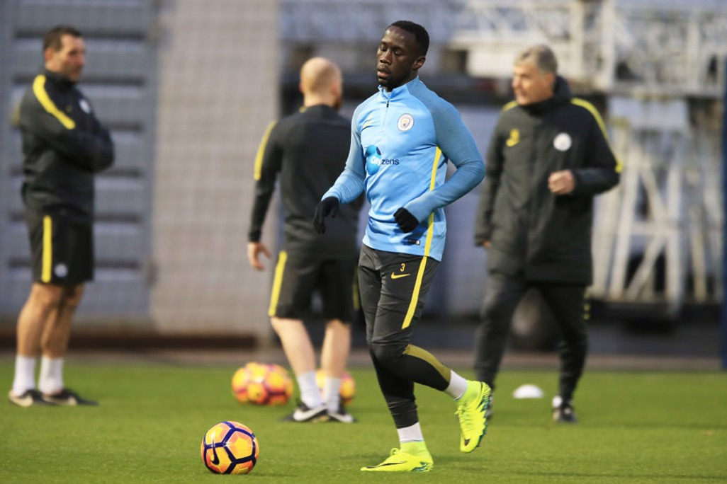 EYES ON THE BALL: Bacary Sagna, fully focused