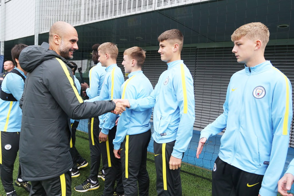 GUARDIOLA AND THE BOYS: The manager pays a visit to our U15 suqad