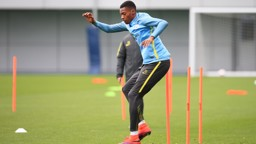 JUMP JUMP: Tosin using those long legs