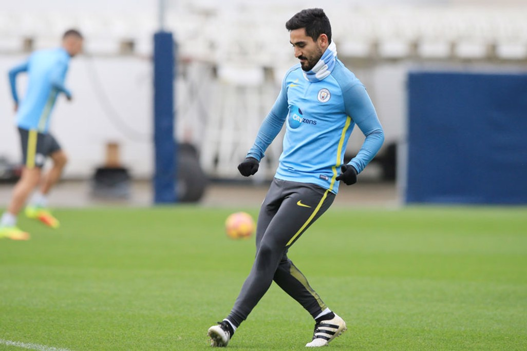 COMPOSED: Ilkay Gundogan gets a pass away