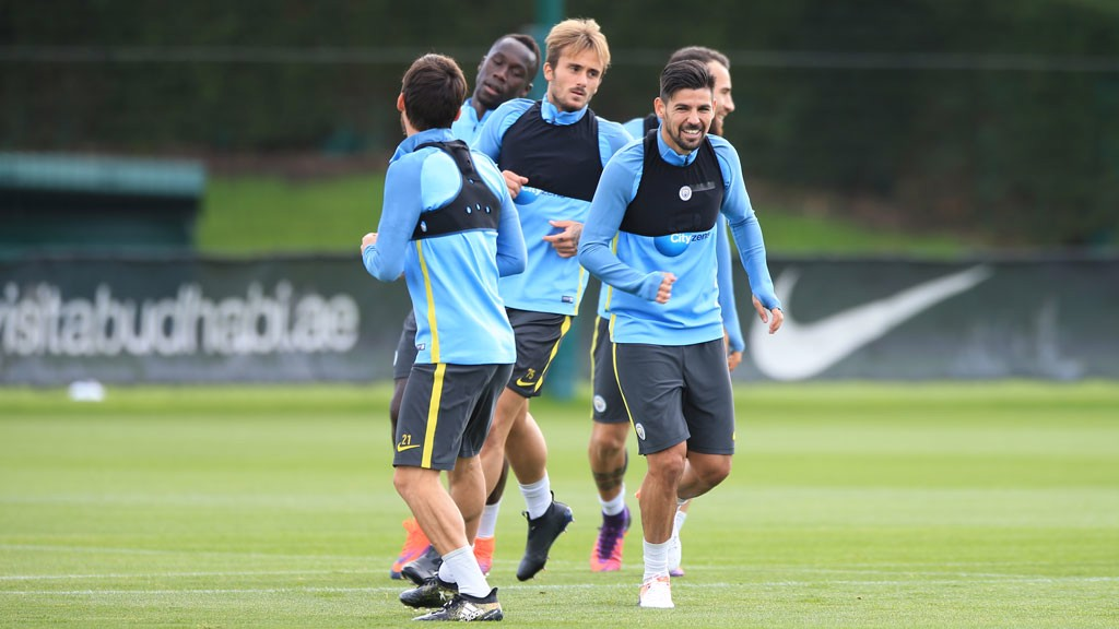 FOLLOW THE SPANIARDS: David, Nolito and Aleix lead the way in today's warm up.