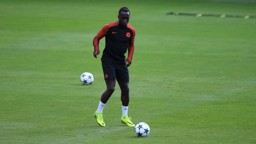 RETURN: Sagna is back in full training