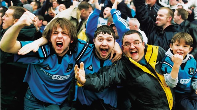Goater makes it 3-1 and Maine Road erupts - it's also his 100th City goal...