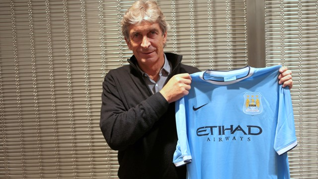 Pellegrini poses with the new City shirt - welcome, Manuel!