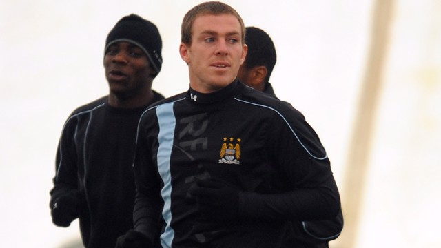 Richard Dunne training 0809