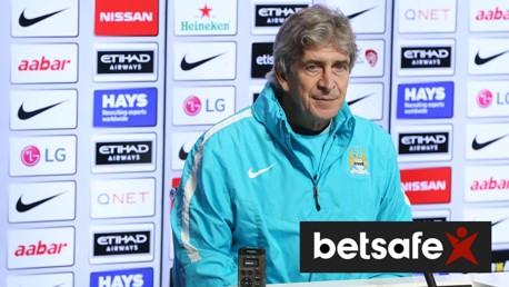 Manuel Pellegrini addresses the media in his Norwich v City press conference