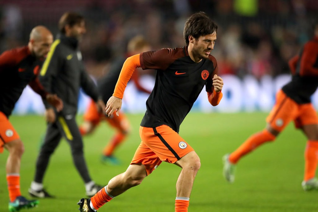 WARM UP - Manchester City's David Silva