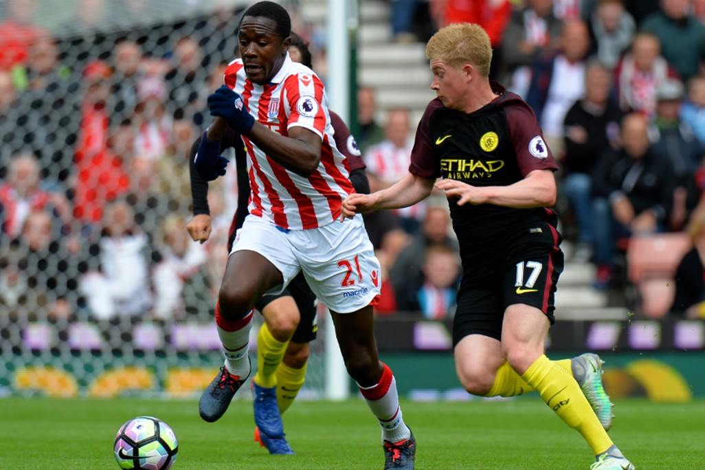 ON YOUR TAIL: Kevin De Bruyne keeps a close eye on Gianneli Imbula's movements