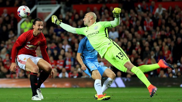 Willy Caballero saves an attempted goal from Zlatan Ibrahimovic