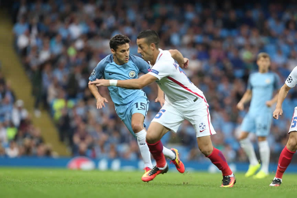 OVERLAP: Navas gets busy