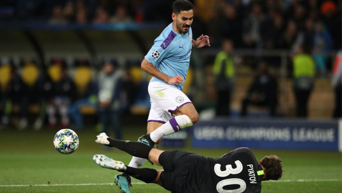 Gundogan: We're not looking at the table