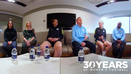 ROUND TABLE: Players and staff from the different generations discuss the major topics of women's football...