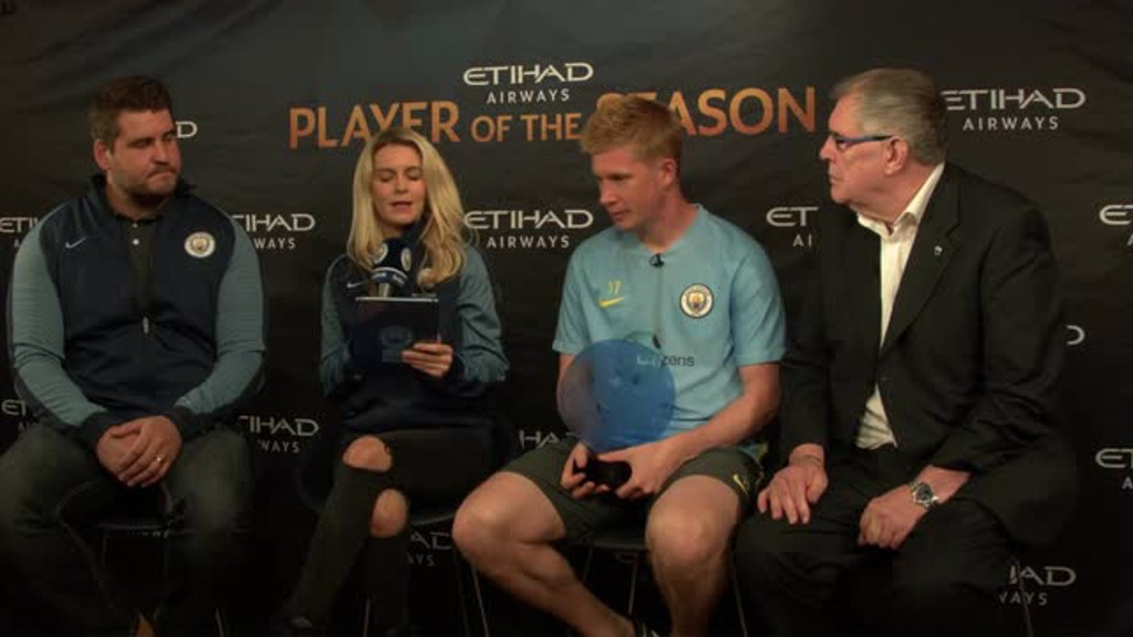De Bruyne wins Etihad Player of the Season award