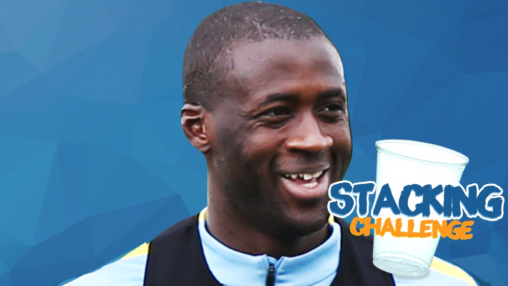 YAYA V CHAPPY: Cup stacking