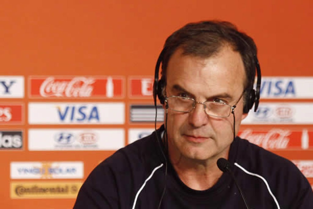 LOCO-MOTION: Bielsa in charge of Chile at the 2010 World Cup