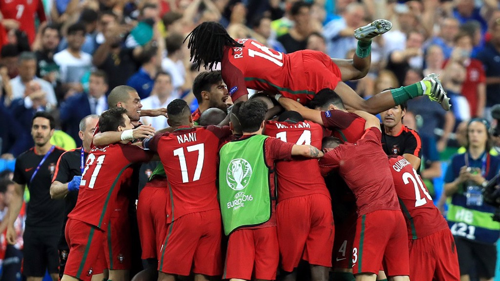 WINNERS! Portugal celebrate