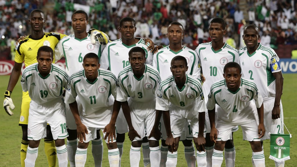 LINEUP: Nigeria's youngsters get their pre-match photo in at the World Cup
