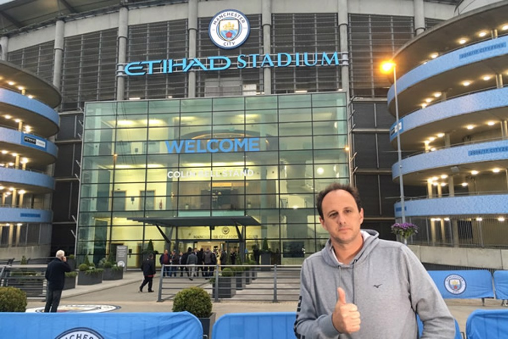 CENI AT ETIHAD: Rogerio checks in on the home of the Blues