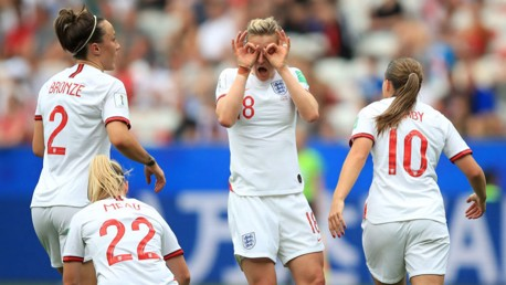 England's World Cup starts with win over Scotland
