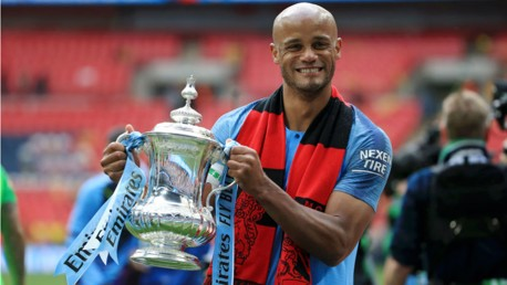 Vincent Kompany leaves Manchester City