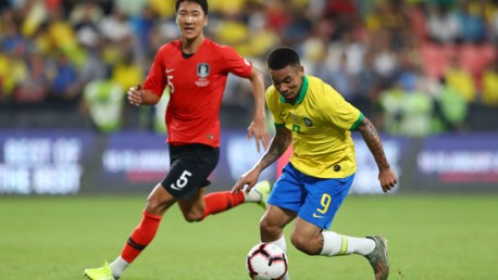 Gabriel Jesus helps Brazil cruise to victory