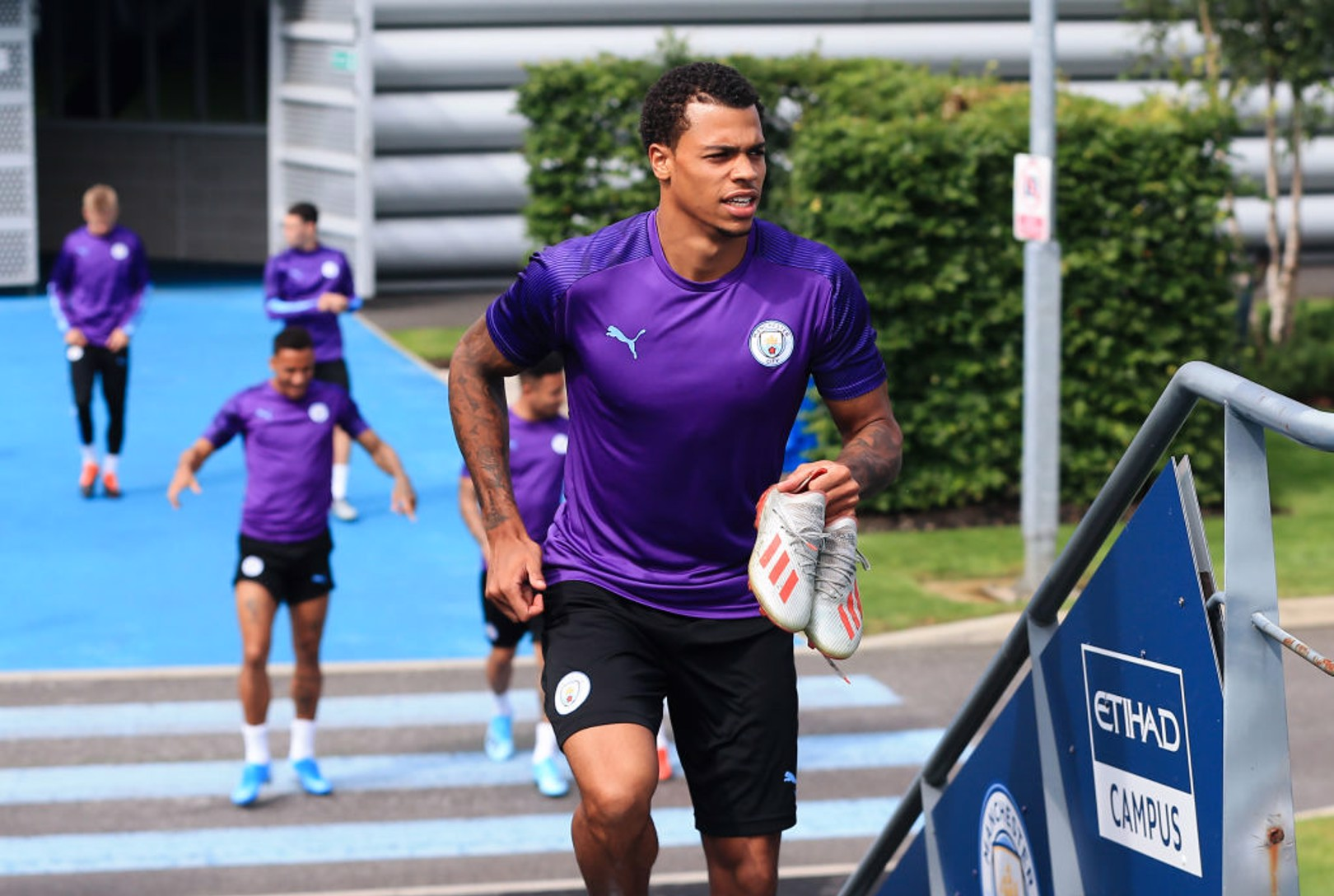 Nmecha completes Anderlecht loan move