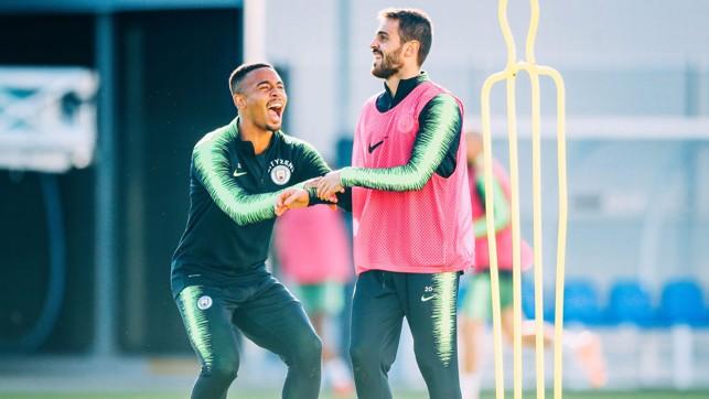 ALL SMILES : Gabriel Jesus and Bernardo Silva