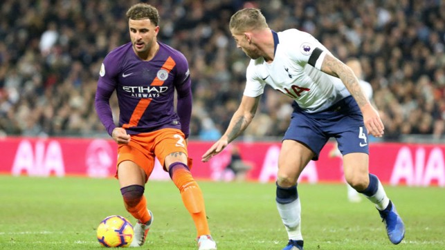 HEAD-TO-HEAD : Kyle Walker faces his former club.