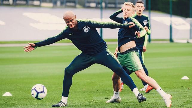 NO ENTRY Vincent Kompany shields the ball from Oleksandr Zinchenko