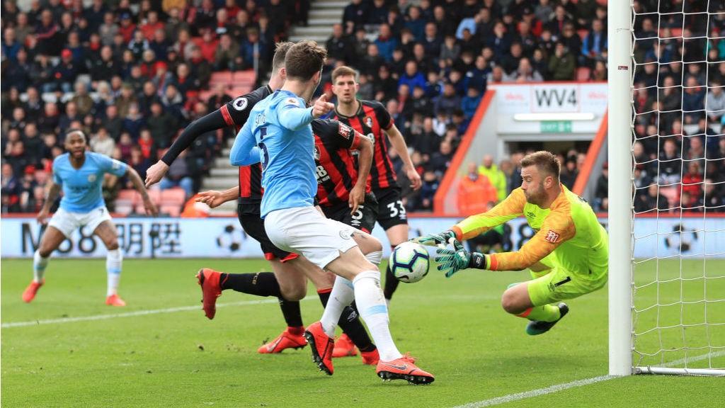 Artur Boruc evitó que el marcador fuese más abultado.