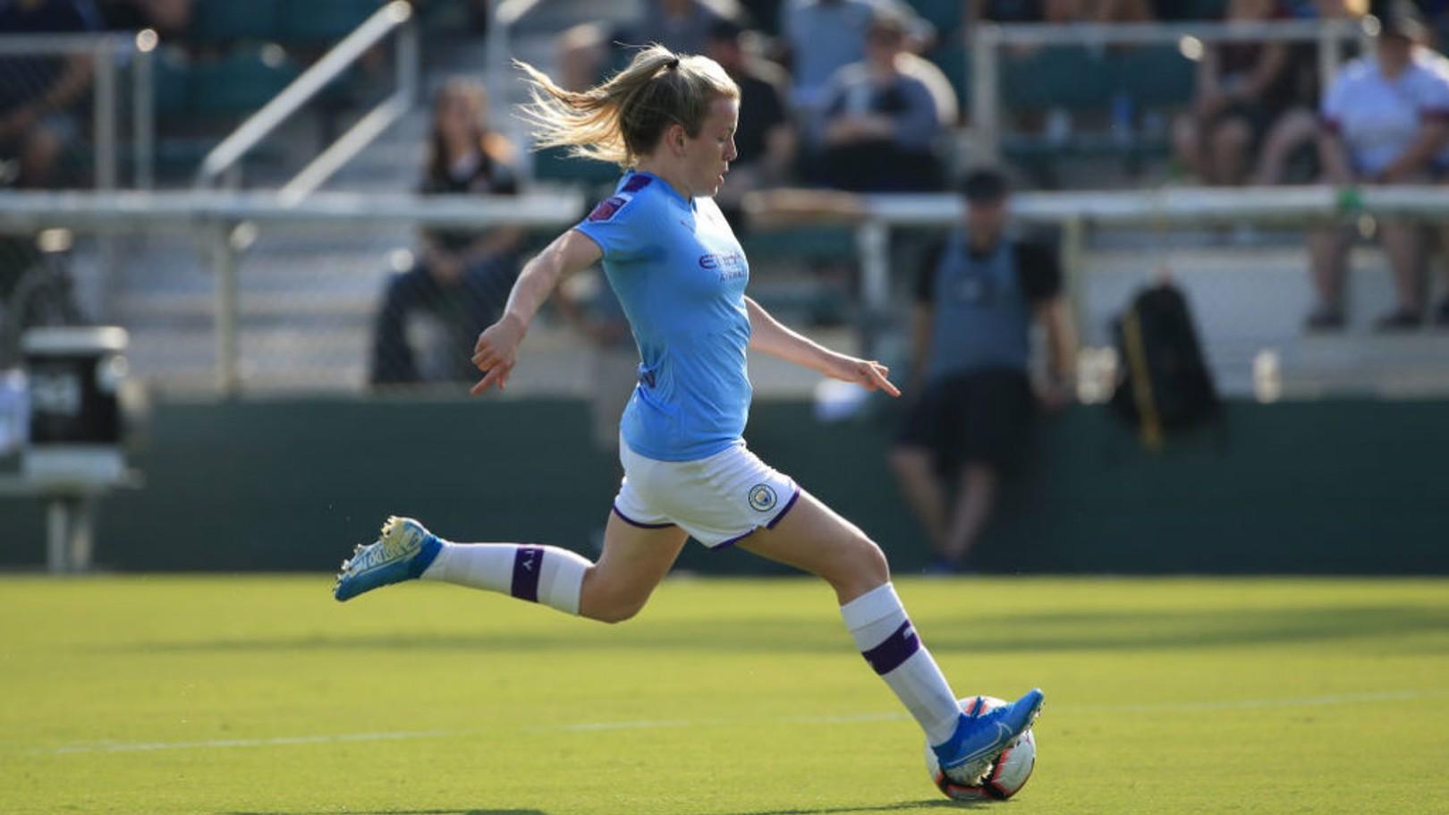 UPDATE: Lauren Hemp has suffered a shoulder injury in training