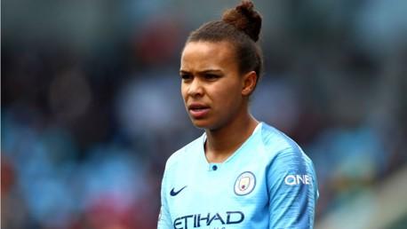Nikita Parris joins Lyon