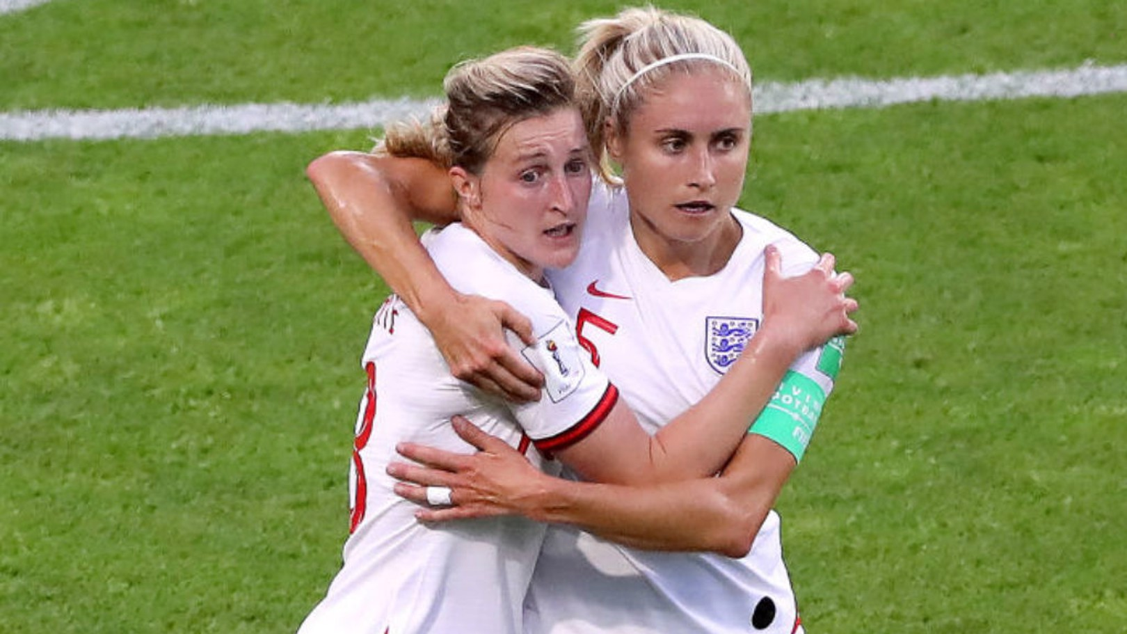 Houghton and White withdrawn from England squad