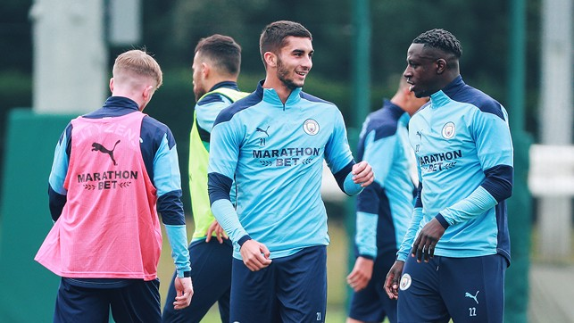 : Torres and Mendy have a chat
