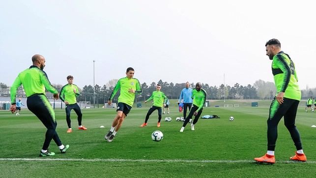 EL RONDO : Ian Carlo Poveda is put through his paces in the middle