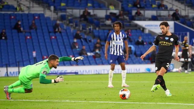 SILVA SERVICE: Bernardo adds a fourth for City before the hour