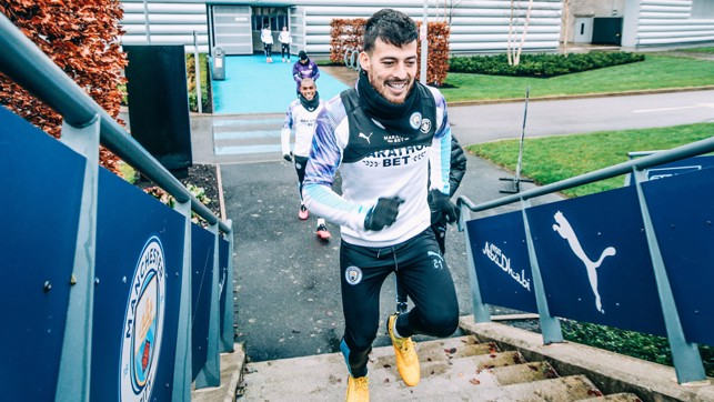 RISE AND SHINE : David Silva looks happy to be back at work