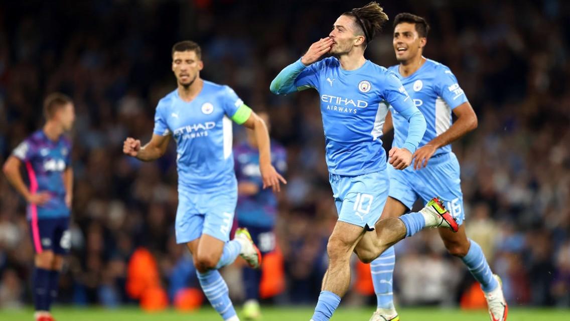 Gallery: Grealish stars in nine-goal thriller!