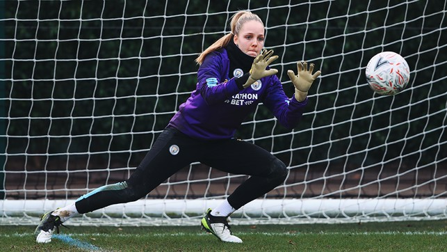 SAFE HANDS : Ellie Roebuck keeps her eyes on the ball