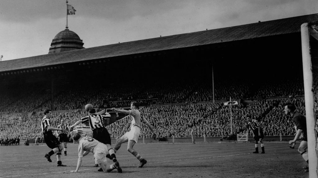 FINAL HURDLE : Don Revie (right) in action for City during the 19555 FA Cup final against Newcastle United