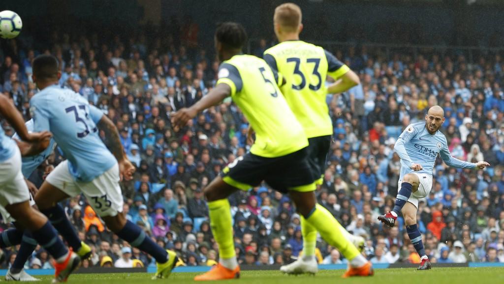 EL MAGO : David Silva marks his 250th Premier League appearance with a wonderful goal - a free-kick, bent into the top corner