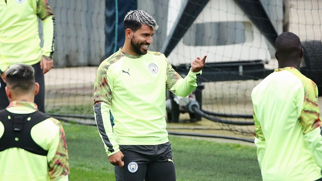 HAPPY DAYS : Kun, clearly enjoying the session