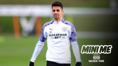 Mini me: João Cancelo