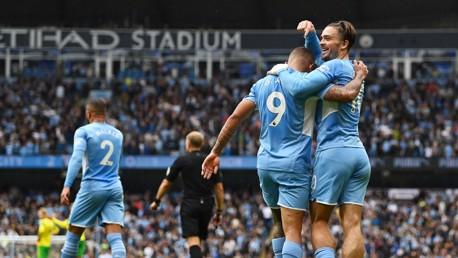 Ação estendida: City 5-0 Norwich