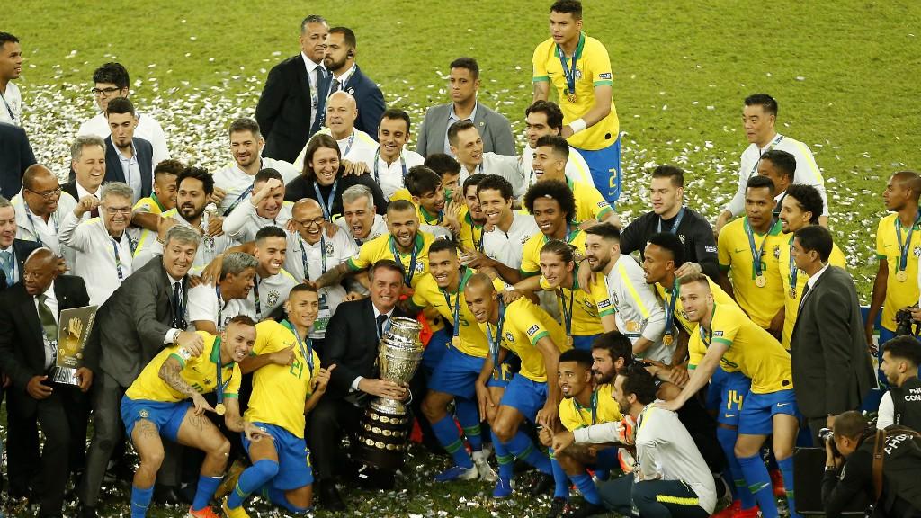 CAMPEÕES : Brazil celebrate winning the 2019 Copa America