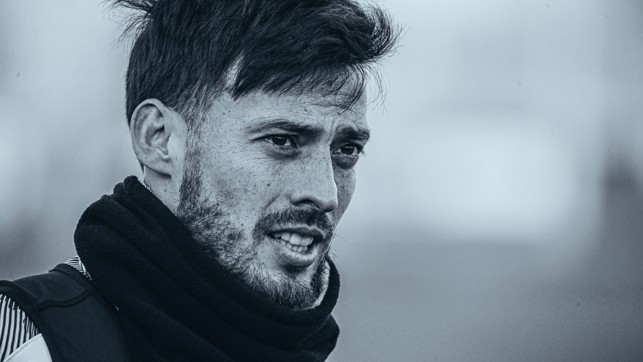SPANISH SCHEMER : David Silva... in silver!